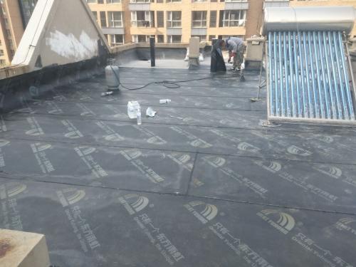 青岛防水堵漏公司介绍屋面防水困难和设计注意事项